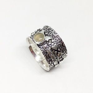 Jewelry - Artisan Wide Band Spinner Ring Embossed Meditation